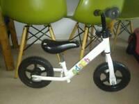 Childs Unisex Balance Bike
