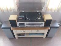 STEREO HI FI SYSTEM / MUSIC CENTRE / 4 SPEAKERS / AIWA