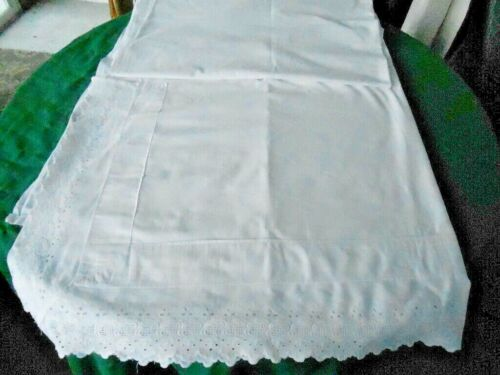 ANTIQUE WHITE LINEN SHEET WITH LOVELY WHITE WORK EMBROIDERY&A FOLDBACK CIR.1900