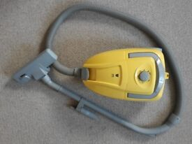 Argos Bagged Cylinder Vacuum Cleaner