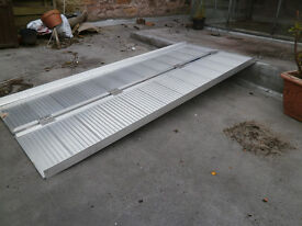 Draper 6' / 1.8m Folding Aluminium Access Ramp