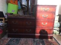 Antique/old, drawers/storage unit with leather seat on top