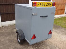 Box Trailer Sgl Axle Rear Lockable Door Good Condition Ready To Go !!