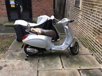 Almost New Vespa Primavera - Best Price On The Internet !!