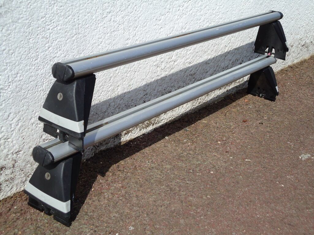 Vauxhall Astra H Mk5 Roof Bars In Totton Hampshire Gumtree