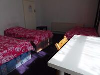 Twin or triple room available in Leyton station. £170-£210pw all incl