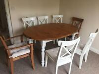 Extendable farmhouse table with 7 chairs