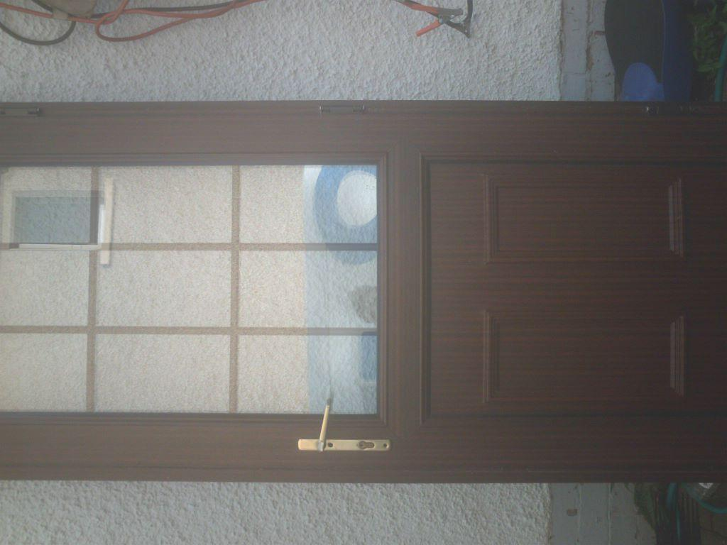 Brown upvc external door size h 83 3 4 w 33 3 4 new lock for Brown upvc door