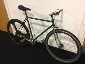 Fixed gear (fixie) single speed bicycle, steel frame (±55cm), handbuilt