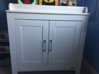 Nursery furniture-mammas and papas changing table