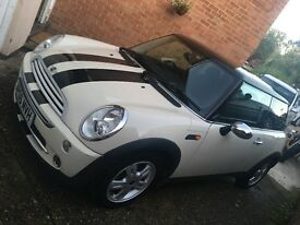 Pepper White Mini Cooper 1.6L, great condition, perfect drive, MOT until Oct, FSH