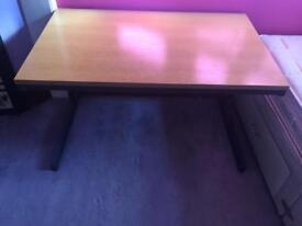 Medium sized desk