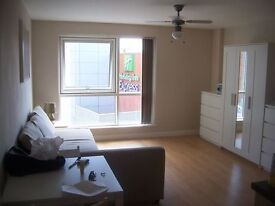 Studio Apartment For Rent In Gun Wharf Quays Portsmouth, 5th Floor Available Now Fully Furnished
