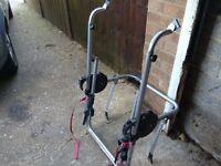 Bike rack carrier takes up to 3 bikes halfords make universil so fits most cars vgc