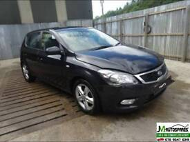 09 Kia Ceed 1.6crdi *** BREAKING PARTS AVAILABLE ONLY