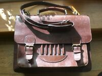 Thick leather shoulder bag with laptop insert - dark brown