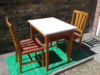 Dinning / kitchen Table & 2 chairs ##FREE LOCAL DELIVERY##
