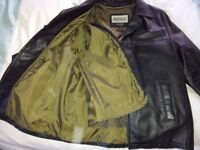 Men's Quality Black Leather jacket - detachable quilted zipped lining. Size L - 42/44