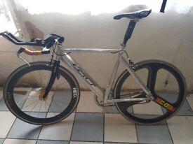 GT EDGE AERO ALUMINIUM BICYCLE