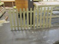 6ft x 3ft round top picket panels for sale new unused treated tantalised timber
