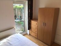 PERFECT DBL ROOM IN LEYTONSTONE*FERNDALE RD