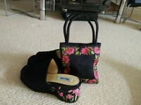 Ladies Chic Bertie Shoes, Size 7, worn once