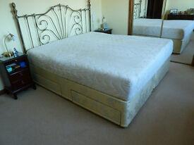 6 ft Superking Memory foam Bed