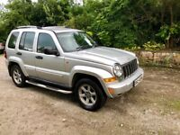 2006 Jeep Cherokee Limited. 2.8 CRD. Fully loaded. Very Clean jeep.