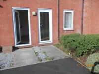 OLDHAM-stoneleigh 2 bed appartment