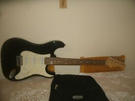 Burswood 6 String Black & White Electric Guitar With Kinsman Soft Carry Case. Excellent Condition