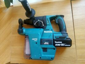 Practically brand new 18v matikta hammer drill and hepa filter, one battery (no charger)