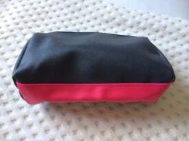 Mally Make Up Bag (NEW)