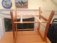 Baby basket stand