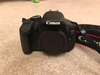 Canon 600D Digital Camera + Flash, Remote, Bag and SD Card