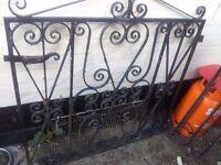 Gast iron gate