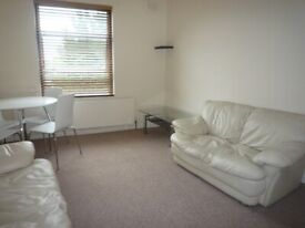 One Double Bedroom Flat in The Vale Acton W3