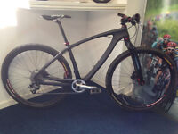 On One lurcher full carbon. SRAM X9, Deore, Superstar 29er Wheels ONLY 22lbs