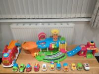 Toot Toot Garage, 11 Vehicles, Transporter & Fire Station.