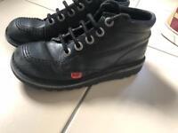 kicker boots size 2