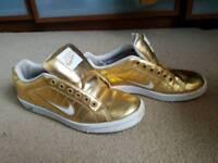 Retro Vintage gold Nike trainers size UK 5