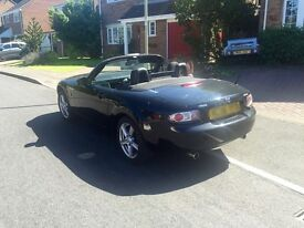 Mazda MX5 Black, MOT March 18