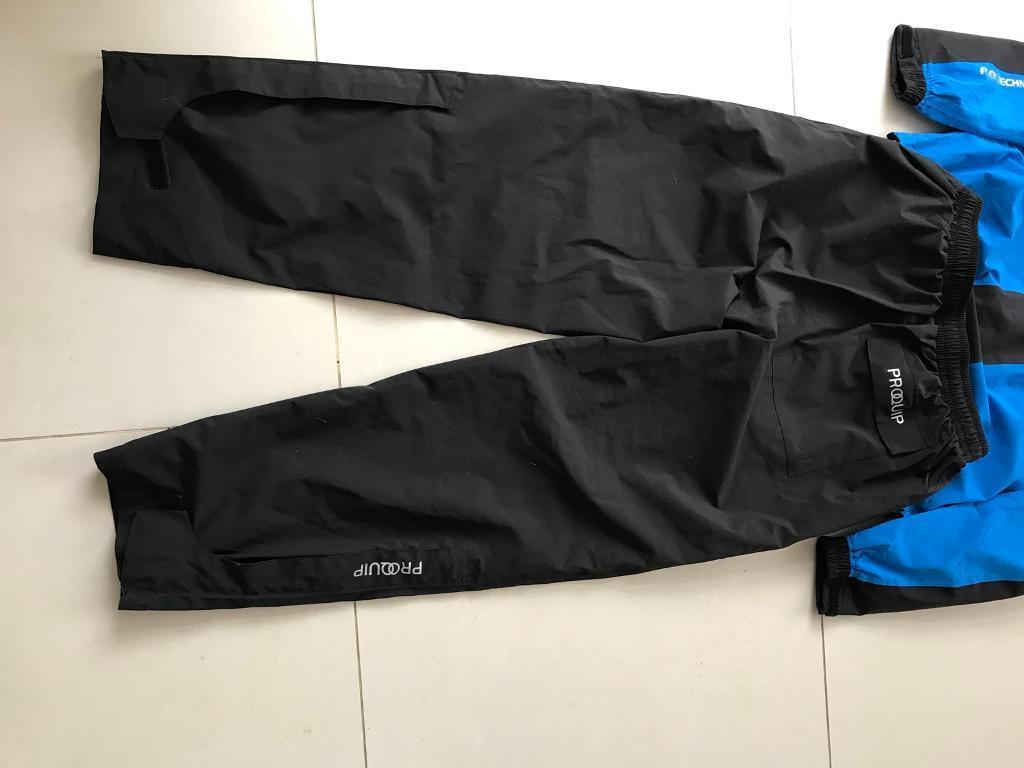 Golf Waterproofs Size Large (collection only)