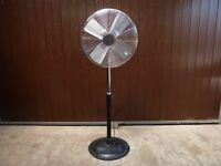 """24"""" Industrial Oscillating Pedestal Fan - 240v"""
