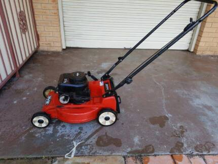 Lawn mower Rover Sprint 375