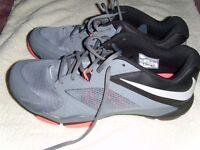 Mens Nike Flex Supreme Sneakers Size 12