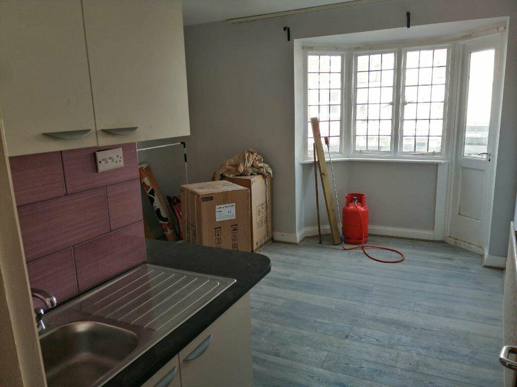 Studio Flats To Let On Wealdstead High Road HA3 - Cheap Rent | in Harrow,  London | Gumtree