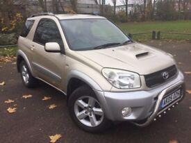 2005 TOYOTA RAV4 XT3 2.0 D-4D 3DR 4WD* FSH * MOT TIL 12.10.18* 2 KEYS * HPI CLEAR* FULL LEATHER!!*