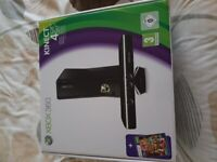 XBOX 360S BOXED 4GB WITH KINECT BAR 3 CONTROLLERS 2 WIRELESS AND 14 GAMES!1 BEING MINECRAFT!