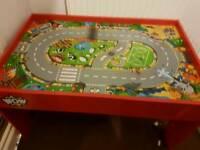 Wooden Wow play table