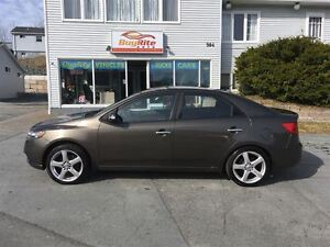 2010 Kia Forte EX Drives like new!